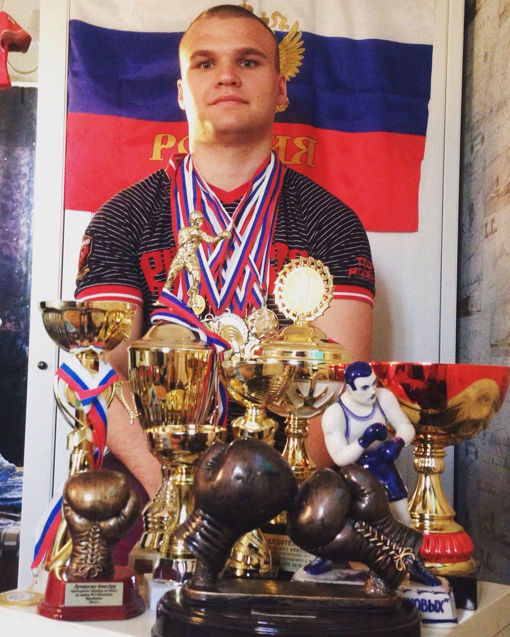 Яков Жуков с наградами и медалями